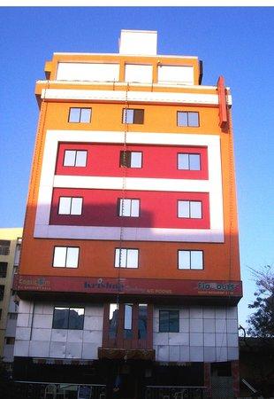 1485757140-krishna-residency-hotel.jpg