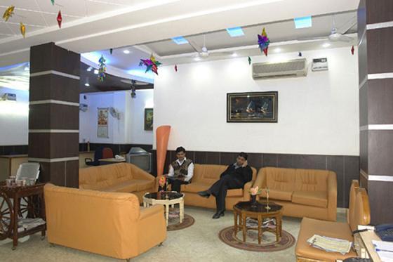 1485865263-Hotel_Jyoti_Delux3.jpg