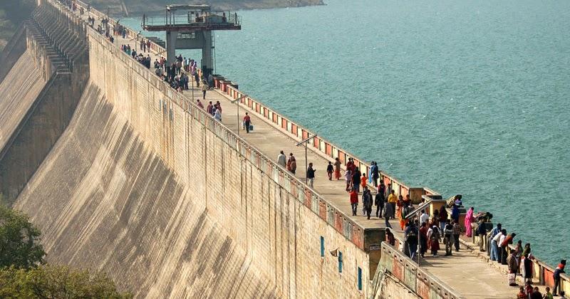 1486107613-Massanjore_Dam.jpg