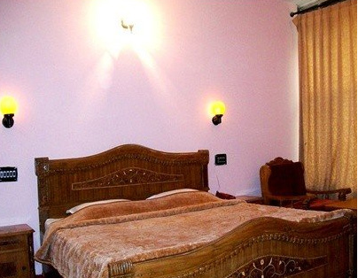 1486803993-Hotel_Prakash2.jpg