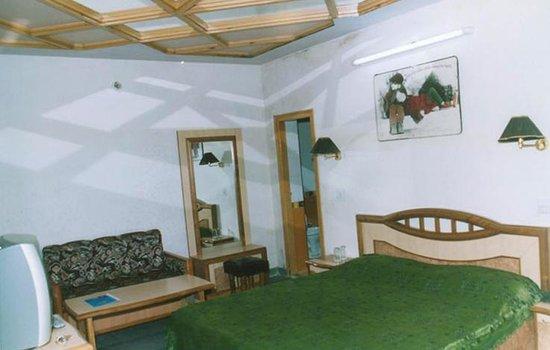 1486807204-Hotel-SuperStar4.jpg
