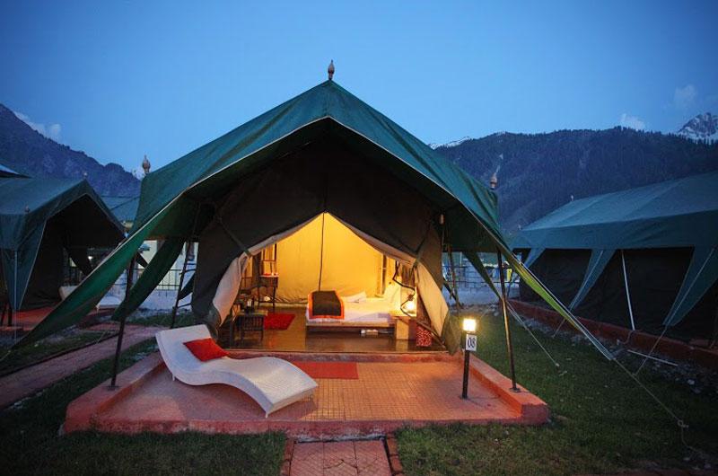 1487076611-Swiss_Camp2.jpg