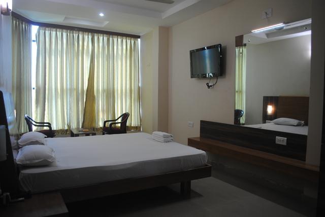1487080920-Hotel_Puri_beach_resort_3.jpg