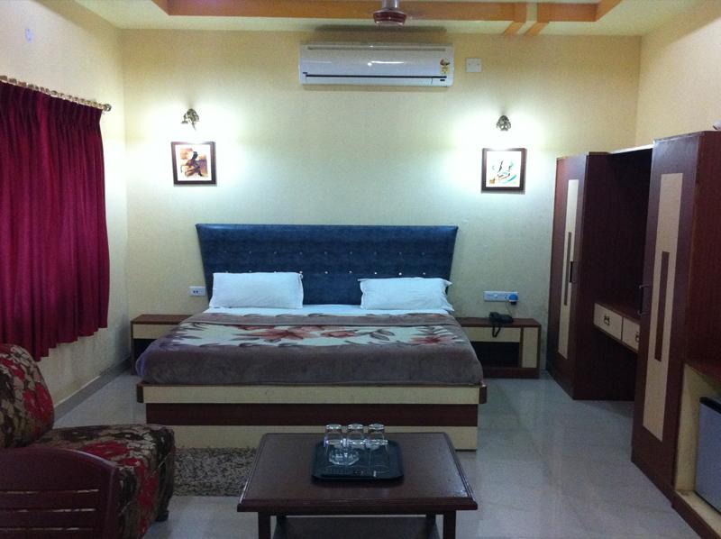 1487163347-Hotel_Bangalaxmi9.jpg