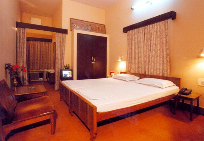 1487685249-Hotel_Benwal_palace2.jpg